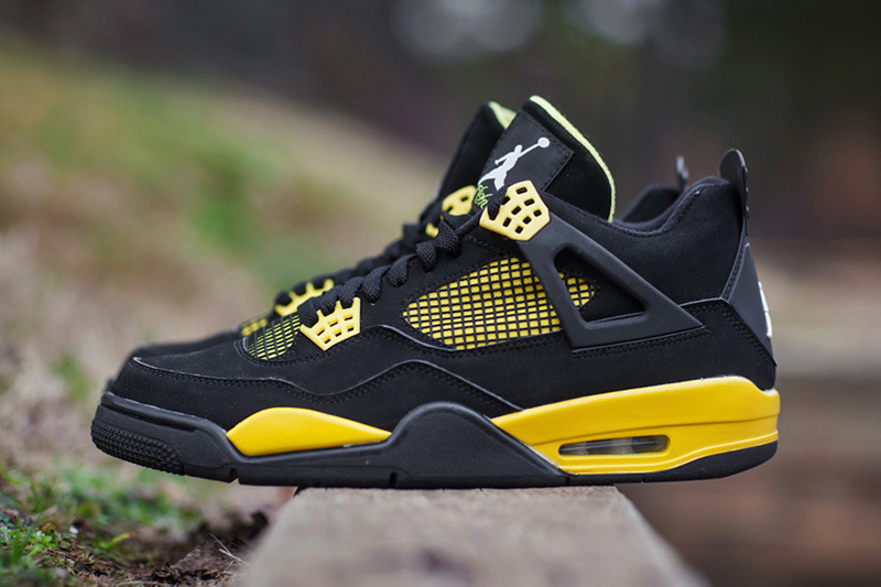 more photos 97c11 495cf 2012 Air Jordan 4 Thunder
