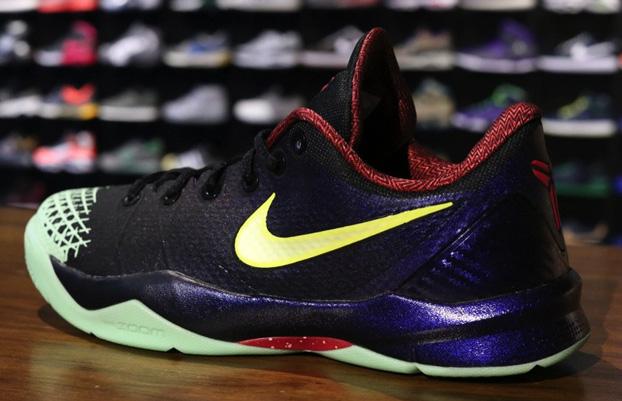 Nike Kobe 4 Venomenon