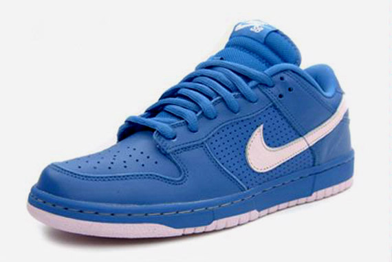 2d44c1f906f7eb Nike Dunk Low SB Varsity Blue   Pink Ice