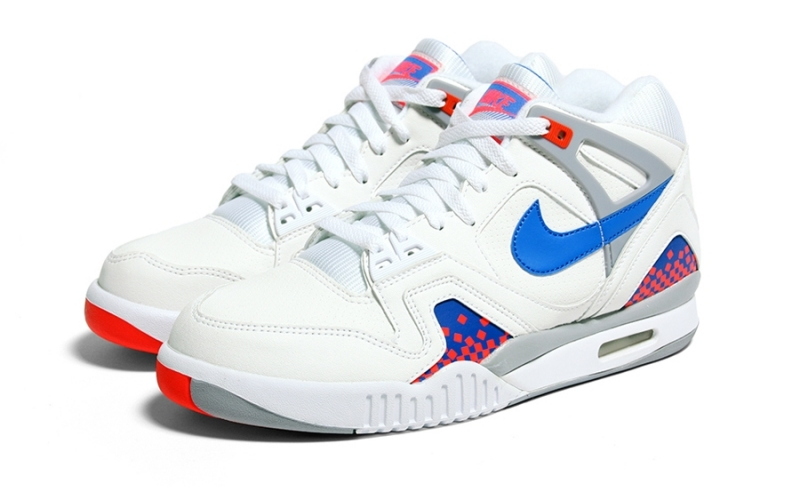 Nike Air Tech Challenge 2 PIxel Court