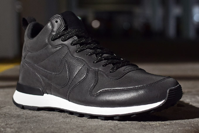 buy online 6bb6b f94d9 Nike Internationalist Mid Reflective Black
