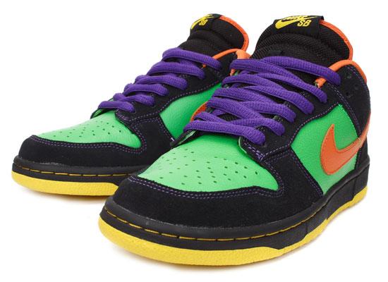 brand new 3a0ba 0e51e Nike Dunk Low Premium SB Green Spark