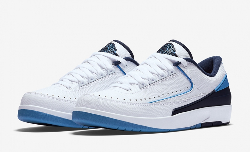 ceef5a57eec9ae Air Jordan 2 Low White Midnight Navy